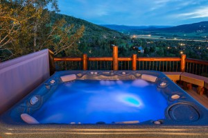 Yampa Vista Chalet: Private Hot Tub with spectacular views of the Yampa Valley